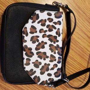 Beautiful popular print handbag